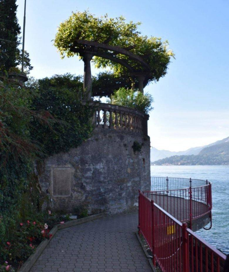 Walkway around Verenna on Lake Como, Italy. Beautiful lake. ouritalianjourney.com