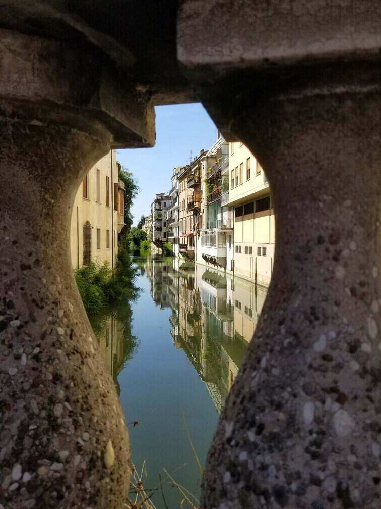 Love the canals in Padua, Italy - ouritalianjourney